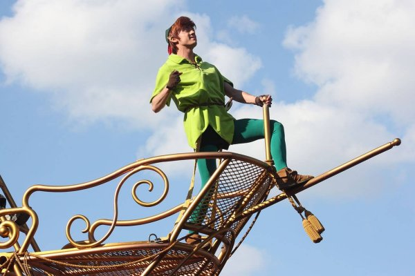 170517105307-disneyland-paris-peter-pan-full-169