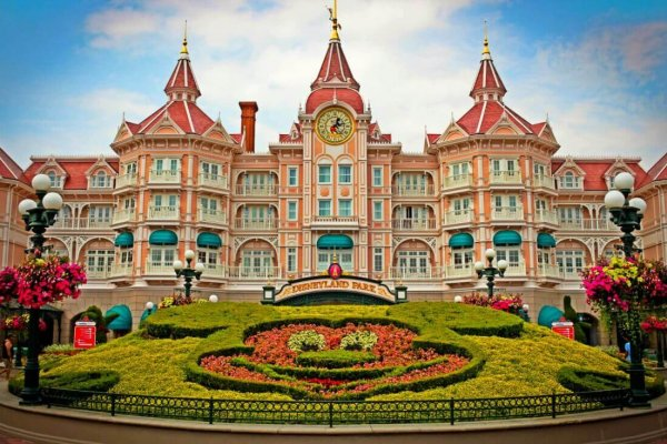 disneyland-paris-hotel